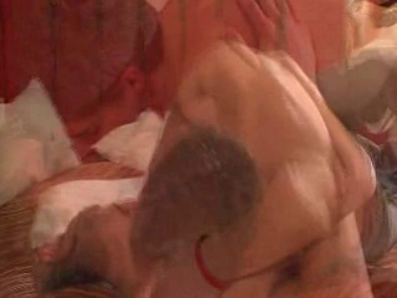 プールのあるこんな大豪邸でSEXする白人イケメンさん。 口内射精シーン ゲイセックス画像 78枚 73