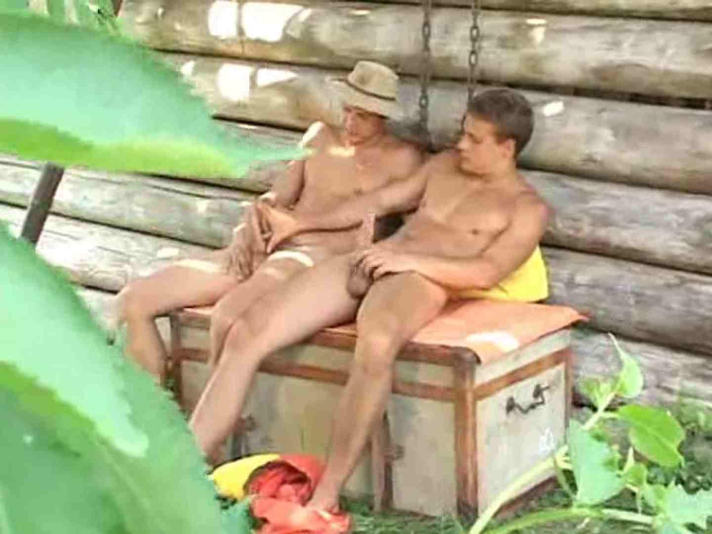 野外丸太小屋で発情する若者達。 野外 ちんこ画像 85枚 53