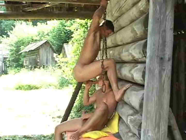 野外丸太小屋で発情する若者達。 洋物男子 しりまんこ画像 85枚 77