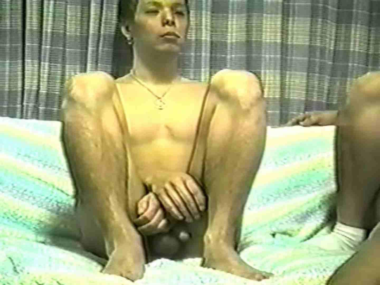 静岡県在住○山さん投稿!リアルやり部屋の現状シーン2 男・男・男 ゲイアダルトビデオ画像 64枚 3