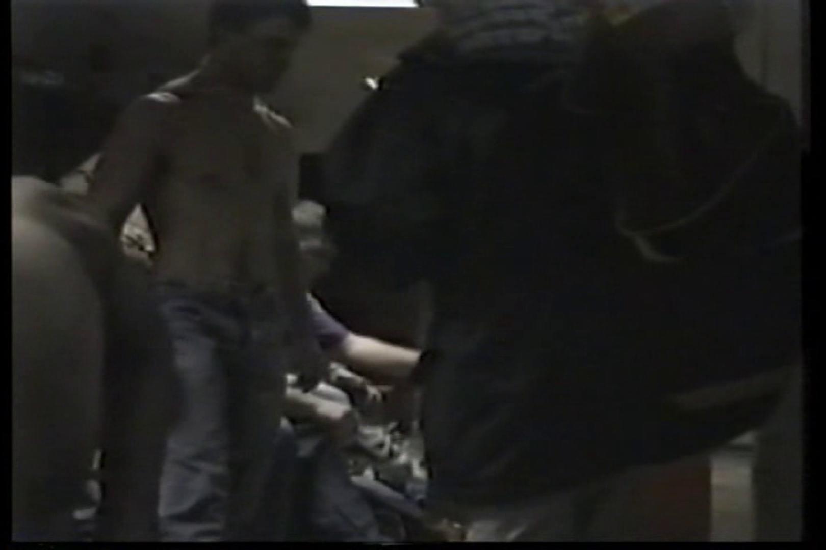 洋人さんの脱衣所を覗いてみました。VOL.3 0   のぞき特集  92枚 37