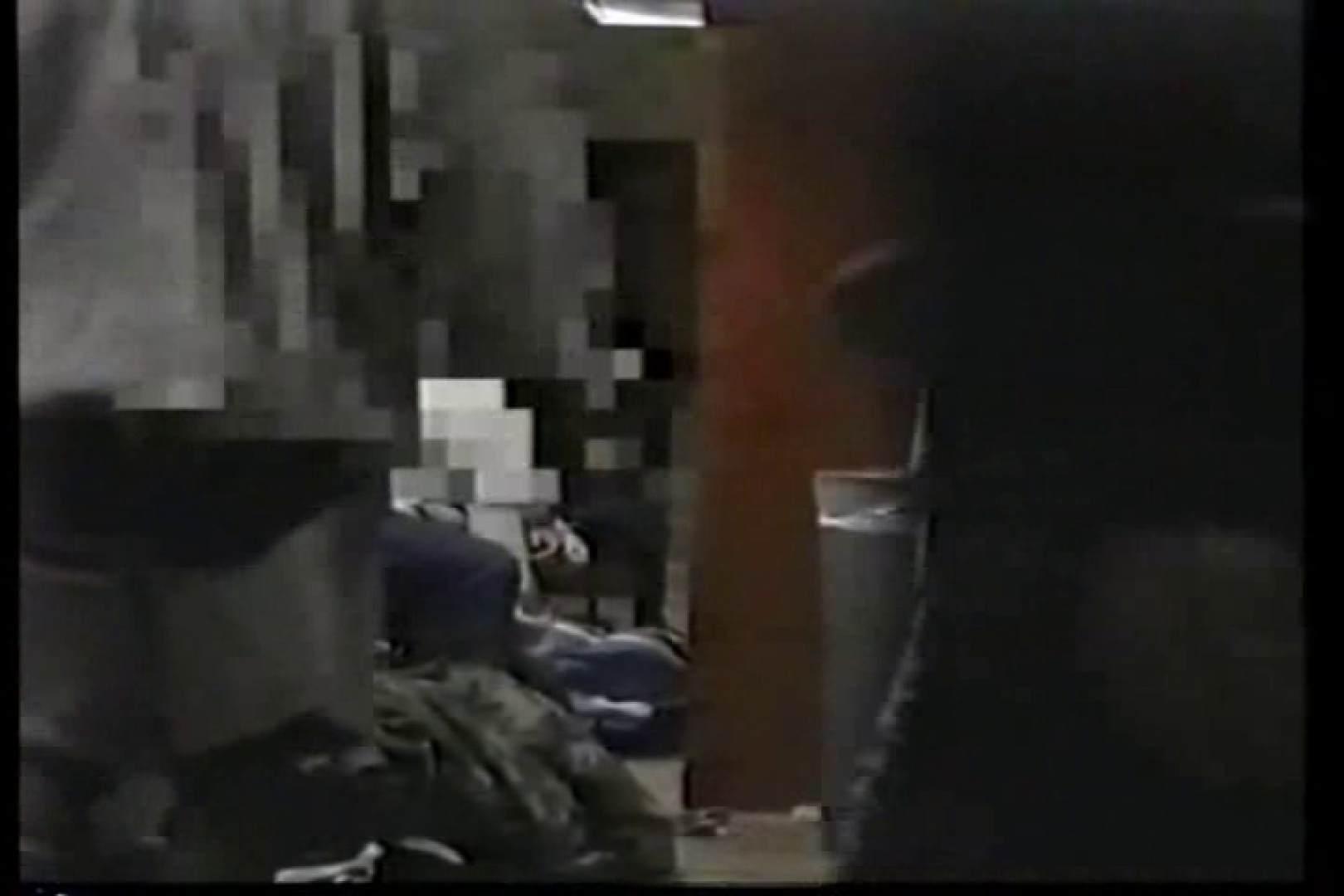 洋人さんの脱衣所を覗いてみました。VOL.3 男・男・男 男同士動画 92枚 80