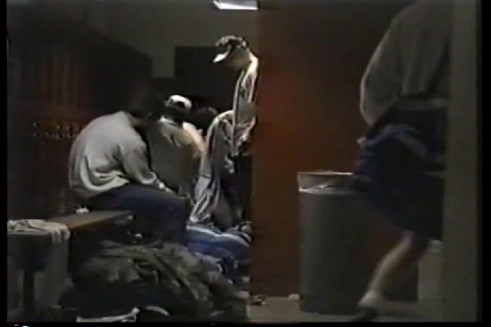 洋人さんの脱衣所を覗いてみました。VOL.3 覗きシーン ペニス画像 92枚 82