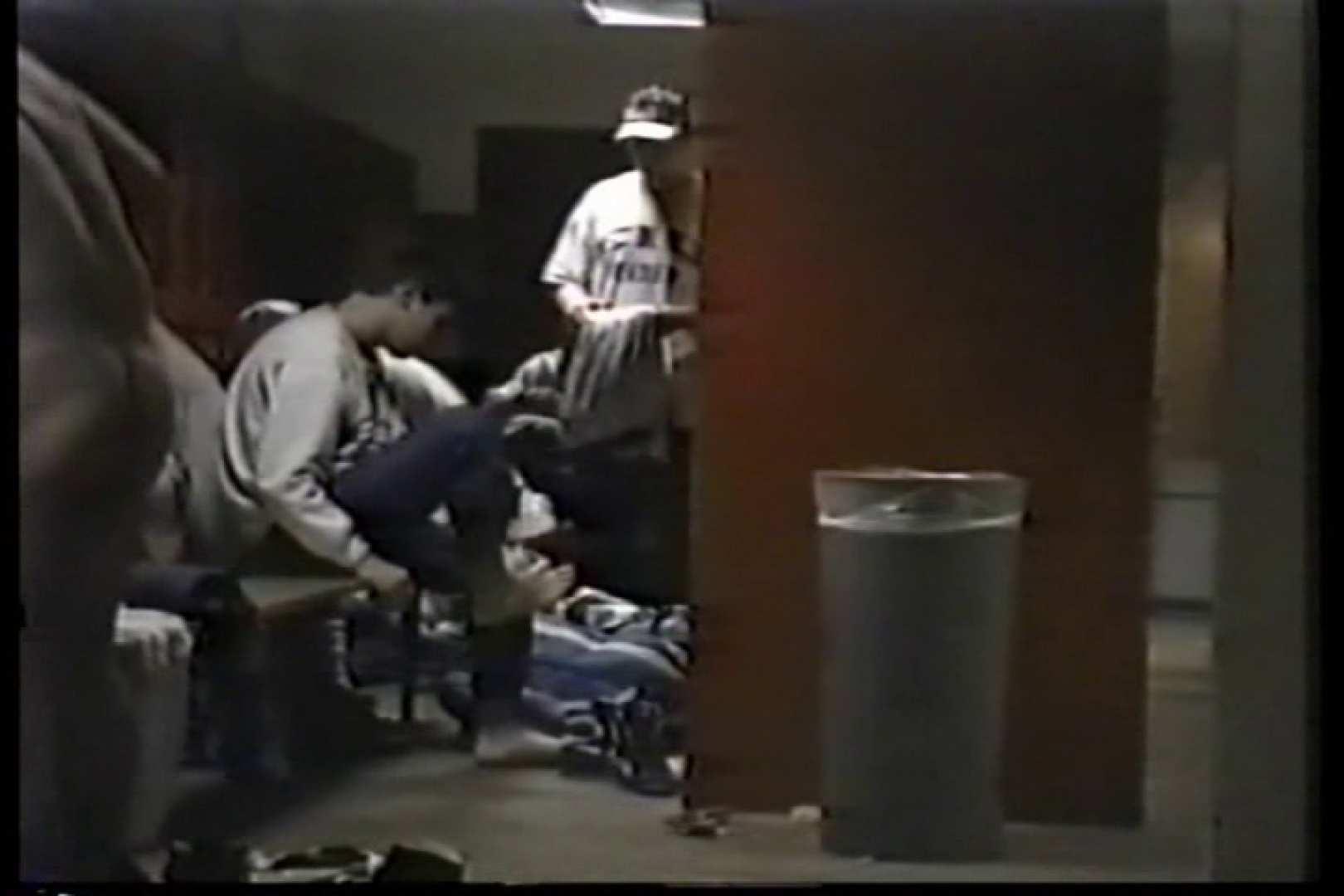 洋人さんの脱衣所を覗いてみました。VOL.3 男・男・男 男同士動画 92枚 86