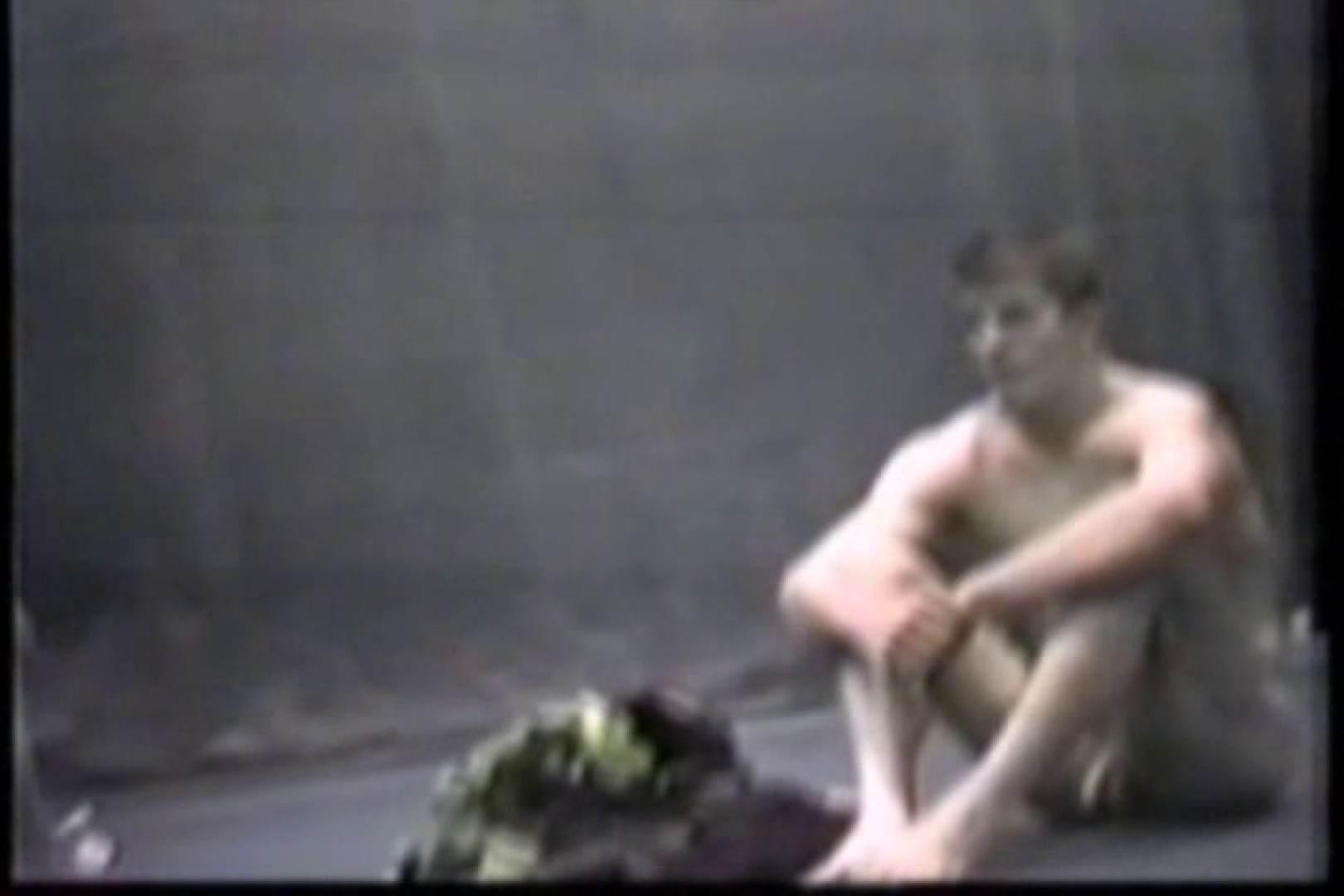 洋人さんの脱衣所を覗いてみました。VOL.8 ガチムチマッチョ系男子 | 覗きシーン  62枚 9