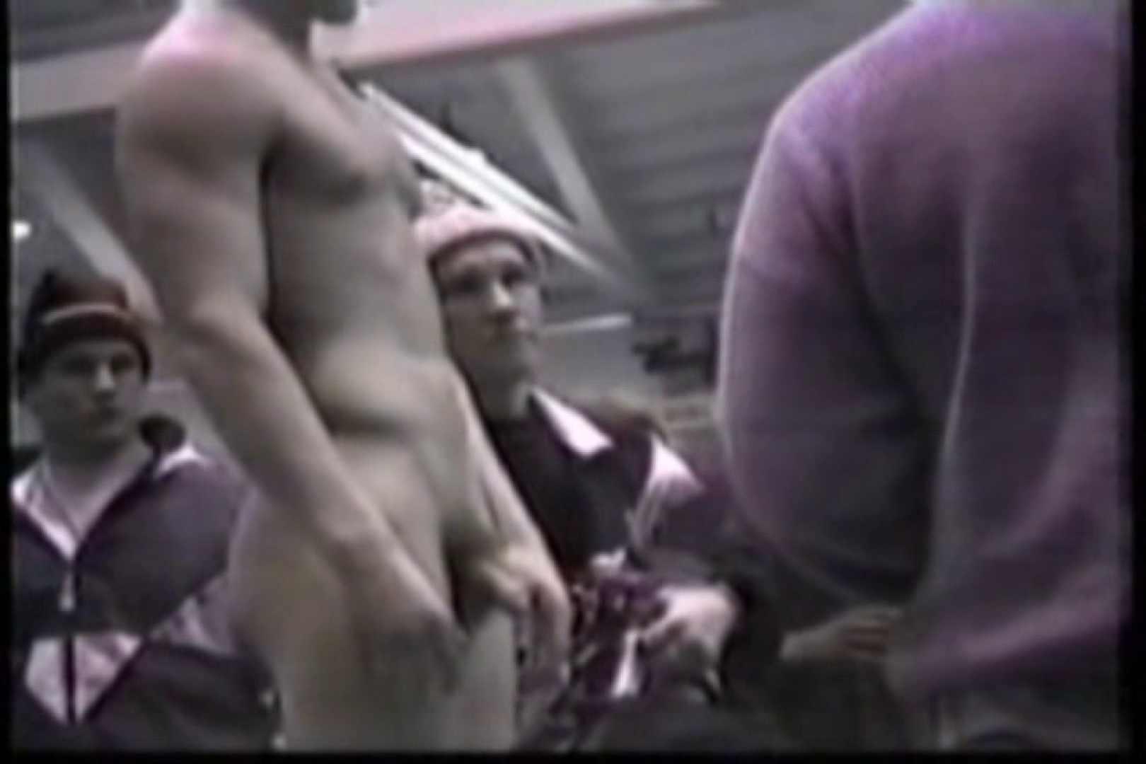 洋人さんの脱衣所を覗いてみました。VOL.8 ガチムチマッチョ系男子 | 覗きシーン  62枚 53
