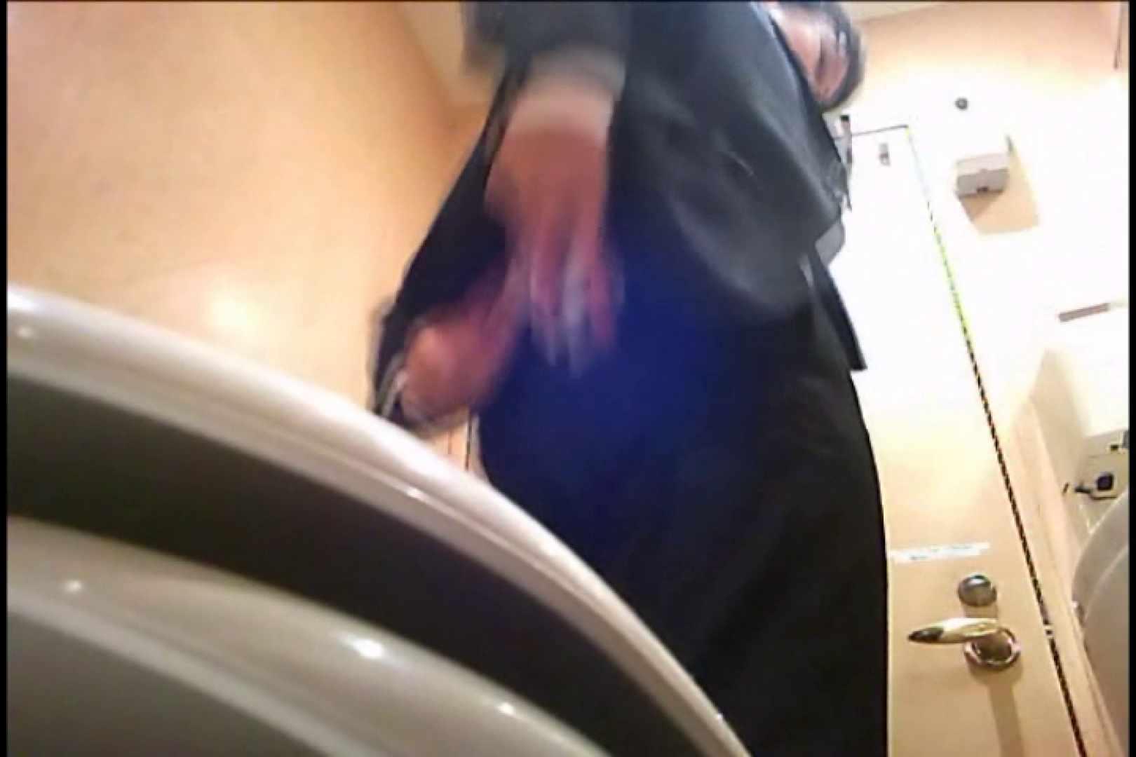 Gボーイ初投稿!掴み取りさんの洗面所覗き!in新幹線!VOL.05 投稿 ゲイエロ動画 96枚 35