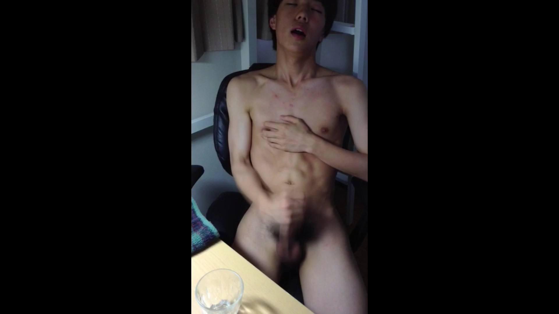 ゆめかわな男子のゆめかわオナニー   vol.14 男・男・男 | オナニー編  68枚 64